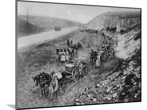 A German Machine-Gun Unit, World War I, 1915--Mounted Giclee Print
