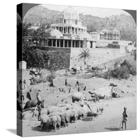 Temples of the Jains, Mount Abu, India, 1902-Underwood & Underwood-Stretched Canvas Print