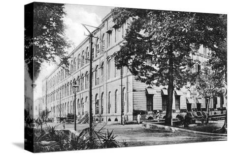 Queen's Barrack, Fort William, Calcutta, India, Early 20th Century--Stretched Canvas Print