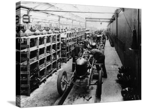 Assembly Line of the Morris Bullnose, Cowley, Oxfordshire, 1925--Stretched Canvas Print