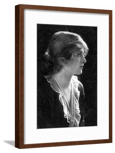 Gladys Cooper (1888-197), English Actress, 1900s- Faulkner & Co.-Framed Art Print
