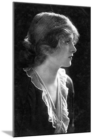 Gladys Cooper (1888-197), English Actress, 1900s- Faulkner & Co.-Mounted Giclee Print