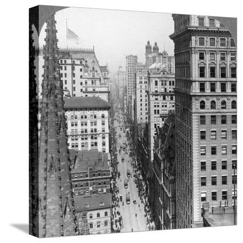 From the Empire Building Past Trinity Church Up Broadway, 1902-Underwood & Underwood-Stretched Canvas Print