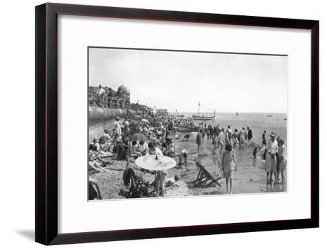 Holidaymakers on Bognor Regis Seafront, West Sussex, C1900s-1920S--Framed Art Print