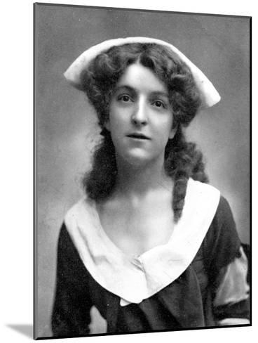 Molly Mcintyre (1886-195), Scottish Actress, 1905-W&d Downey-Mounted Giclee Print