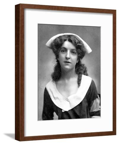 Molly Mcintyre (1886-195), Scottish Actress, 1905-W&d Downey-Framed Art Print