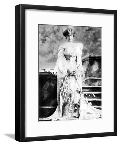 Hazel Thomson, Actress, 1900s--Framed Art Print