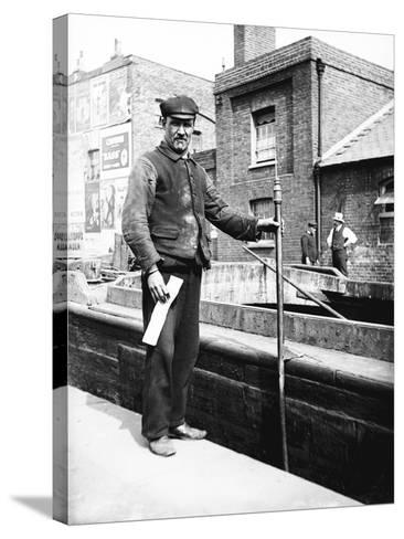 Grand Union Canal Lock Keeper, C1905--Stretched Canvas Print