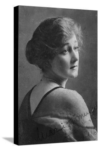 Marie Hemingway (1883-193), English Actress, 1916-Elliott & Fry-Stretched Canvas Print