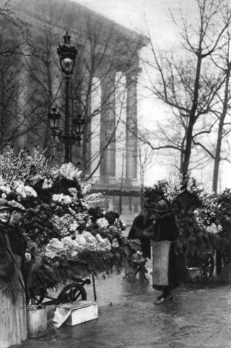 Flower Market at the Madeleine, Paris, 1931-Ernest Flammarion-Stretched Canvas Print