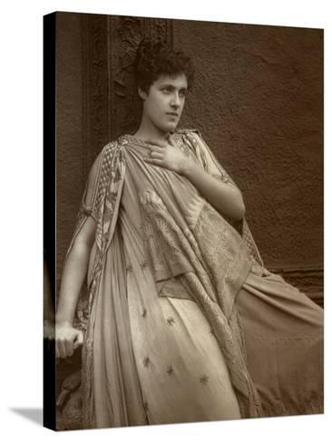 Julia Neilson, British Actress, 1888-Ernest Barraud-Stretched Canvas Print