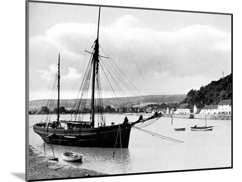 Minehead from the Harbour Wall, Somerset, 1924-1926-E Bastard-Mounted Giclee Print