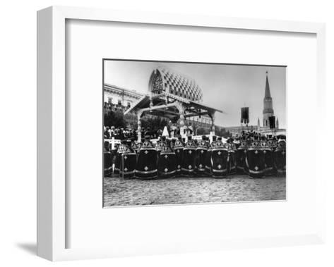 Service in Red Square to Celebrate the Centenary of the War in 1812, Moscow, Russia, 1912-K von Hahn-Framed Art Print