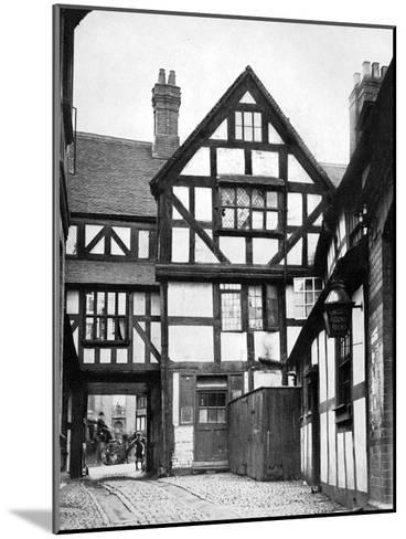 Courtyard of the Unicorn Inn, Shrewsbury, Shropshire, England, 1924-1926-Herbert Felton-Mounted Giclee Print