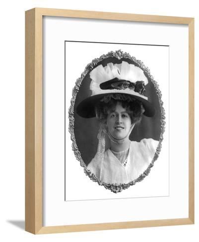 Marie Studholme (1875-193), English Actress, 1900s-W Whiteley-Framed Art Print