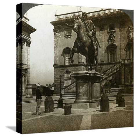 Statue of the Emperor Marcus Aurelius, Rome, Italy-Underwood & Underwood-Stretched Canvas Print