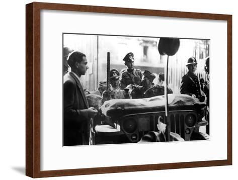 Liberation of Paris, 25 August 1944--Framed Art Print