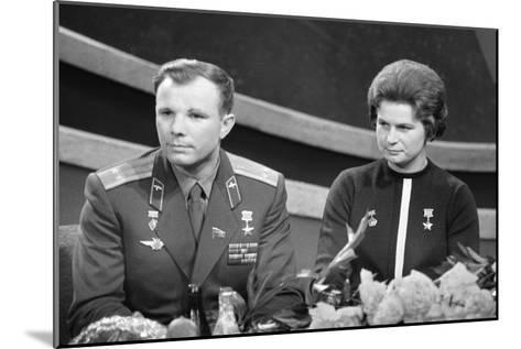 Yuri Gagarin and Valentina Tereshkova, Russian Cosmonauts, 1963--Mounted Giclee Print