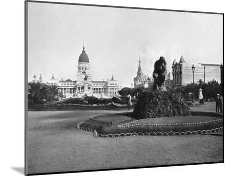 Plaza De Mayo and Congress Building, Buenos Aires, Argentina--Mounted Giclee Print