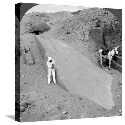 Ninety-Two Foot Obelisk Still Lying in the Quarry of Assuan (Aswa), Egypt, 1905-Underwood & Underwood-Stretched Canvas Print