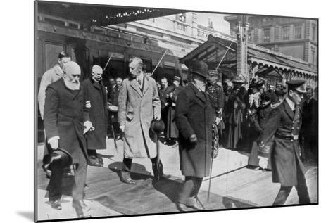 On His Way to His Own Country for the Last Time, King Edward's Return from Biarritz, 1910--Mounted Giclee Print