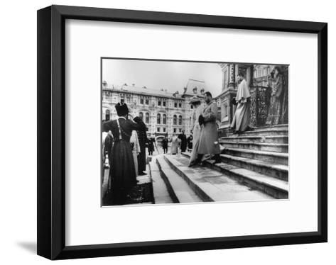 Tsar Nicholas II and Tsarina Alexandra on the Steps of St Basil's Cathedral, Moscow, C1900-C1906--Framed Art Print