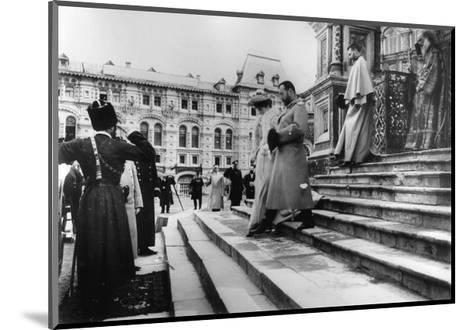 Tsar Nicholas II and Tsarina Alexandra on the Steps of St Basil's Cathedral, Moscow, C1900-C1906--Mounted Giclee Print