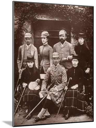 The Prince and Princess of Wales in Shooting Dress, 1900- Russell & Sons-Mounted Giclee Print