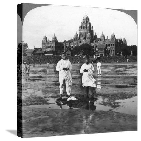 Parsis Worshipping the New Moon, Bombay, India, 1903-Underwood & Underwood-Stretched Canvas Print