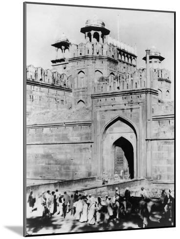 Gateway to the Red Fort, Delhi, India, Late 19th or Early 20th Century--Mounted Giclee Print