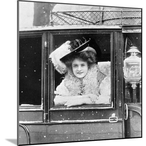 Billie Burke (1885-197), American Actress, 1908-1909-Alfred & Walery Ellis-Mounted Giclee Print