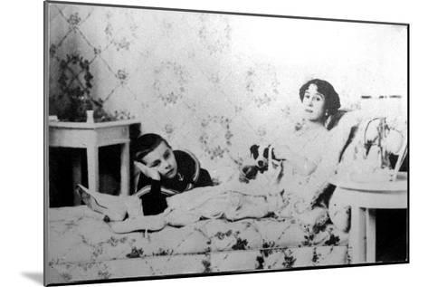 Mathilde Kschessinska, Russian Prima Ballerina, with Her Son, Volodya, 1910--Mounted Giclee Print
