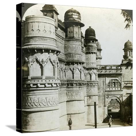 Man Singh Palace, Gwalior, Madhya Pradesh, India, C1900s-Underwood & Underwood-Stretched Canvas Print