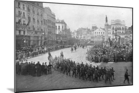Lille Being Liberated by the British 5th Army, France, 17 October 1918--Mounted Giclee Print