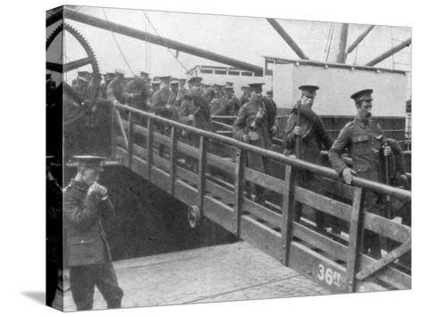 British Troops Disembarking in France, 7 August 1914--Stretched Canvas Print
