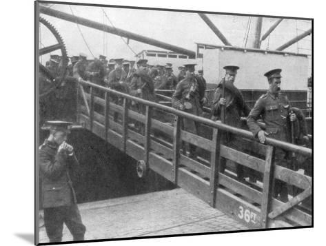 British Troops Disembarking in France, 7 August 1914--Mounted Giclee Print