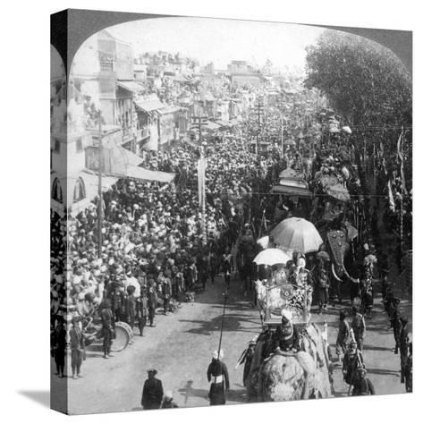 The Duke and Duchess of Connaught and in the Great Durbar Procession, Delhi, India, 1903-Underwood & Underwood-Stretched Canvas Print