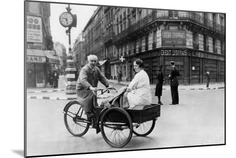 Improvised Bicycle Vehicle, German-Occupied Paris, 1940-1944--Mounted Giclee Print