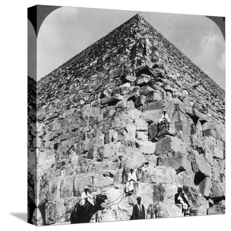 Looking Up the Northeast Corner of the Great Pyramid, Egypt, 1905-Underwood & Underwood-Stretched Canvas Print