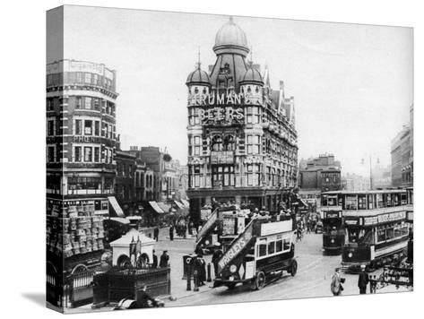 The Elephant and Castle, London, 1926-1927--Stretched Canvas Print