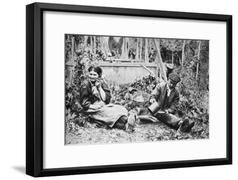 Hop Pickers, Kentish Hop Fields, C1922--Framed Art Print