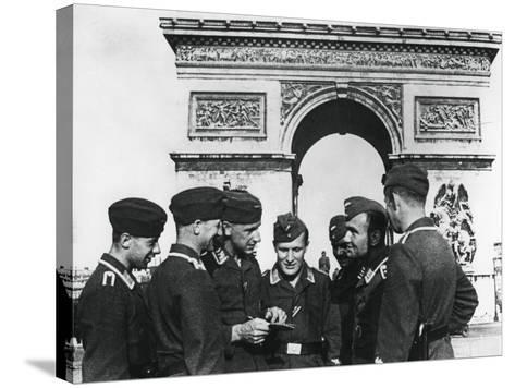 Occupying German Troops at the Arc De Triomphe, Paris, June 1940--Stretched Canvas Print