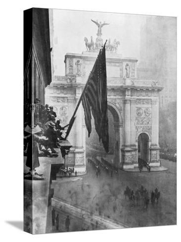 Us 1st Army Passing Through the Victory Arch, Madison Square, New York, USA, 10 September 1919--Stretched Canvas Print