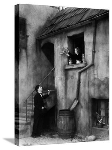 City Lights, 1931--Stretched Canvas Print