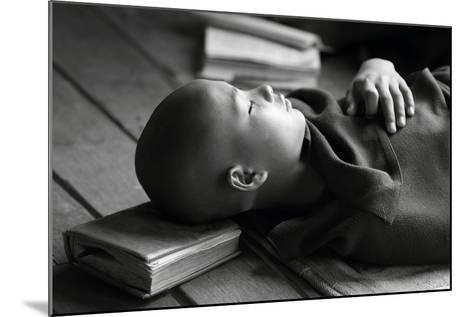 Sleeping Buddha-Walde Jansky-Mounted Photographic Print