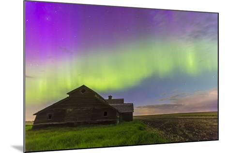 Purple Aurora over an Old Barn in Southern Alberta, Canada-Stocktrek Images-Mounted Photographic Print