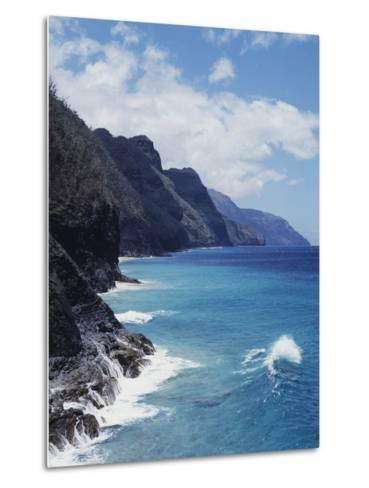 Hawaii, Kauai, Waves from the Pacific Ocean Along the Na Pali Coast-Christopher Talbot Frank-Metal Print