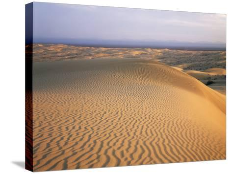 California, Imperial Sand Dunes, Patterns of Glamis Sand Dunes-Christopher Talbot Frank-Stretched Canvas Print