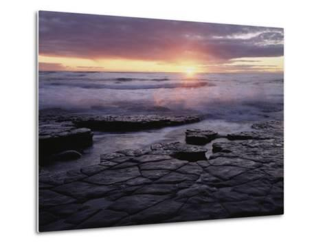 California, San Diego, Sunset Cliffs, Sunset over the Ocean-Christopher Talbot Frank-Metal Print
