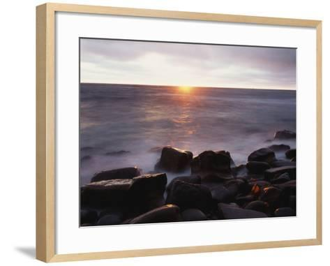 California, San Diego, Sunset Cliffs, Sunset over the Ocean-Christopher Talbot Frank-Framed Art Print